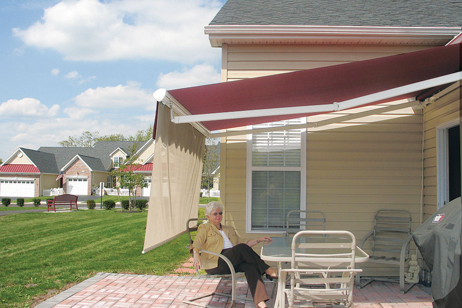 Aristocrat Retractable Awnings Champ S Awning